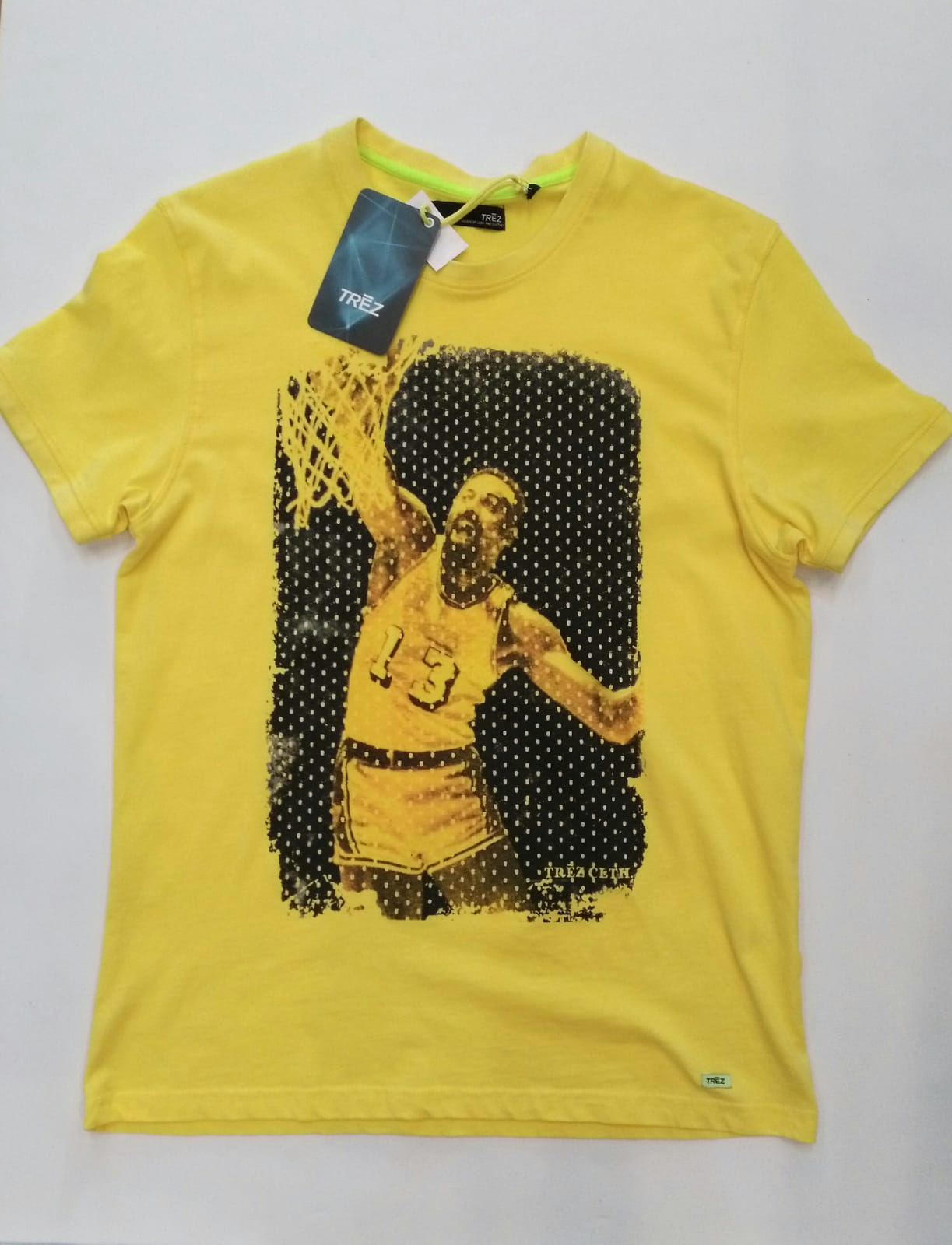 T-SHIRT TREZ BASKET - GIALLO